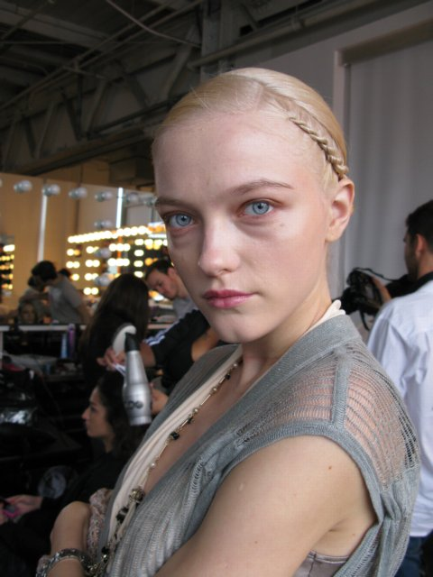 Vlada has gone blonde!