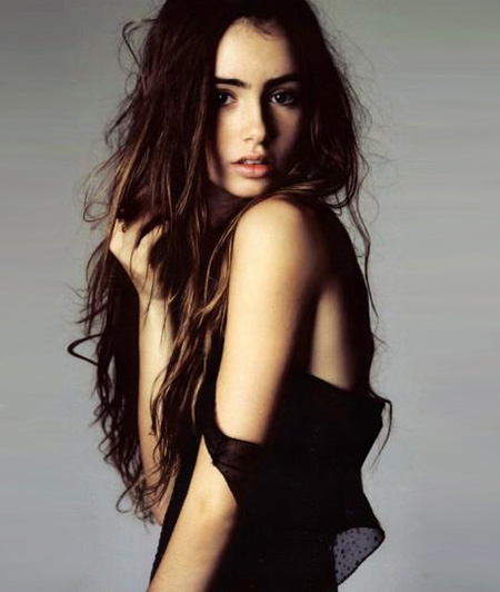 Girl of the moment – Lily Collins