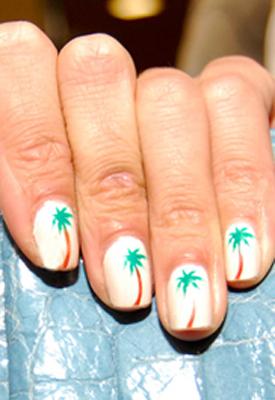 Alexa Chung's palme negle