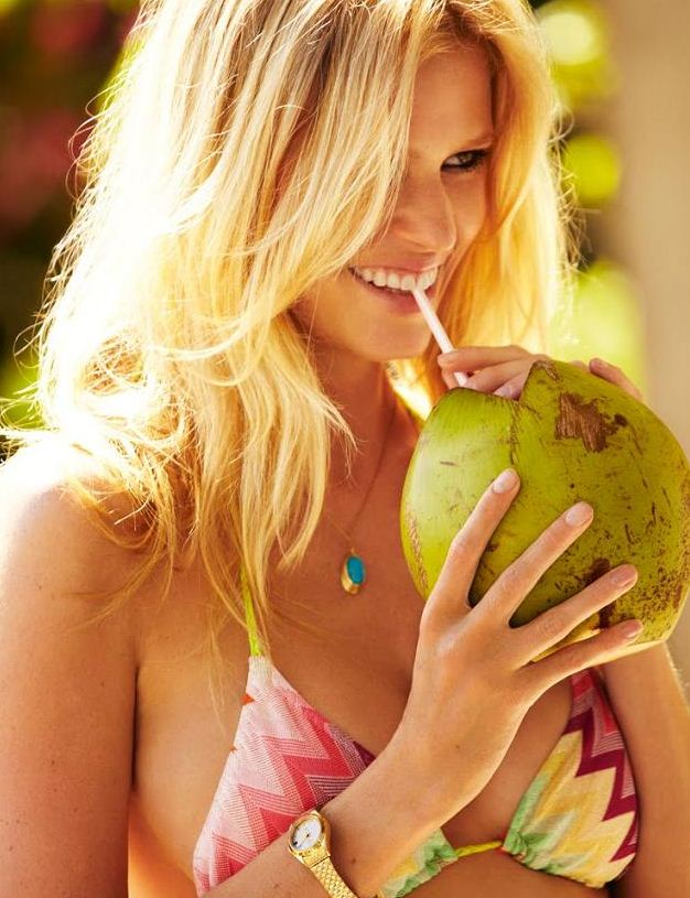 Bikinibabe: Lara Stone