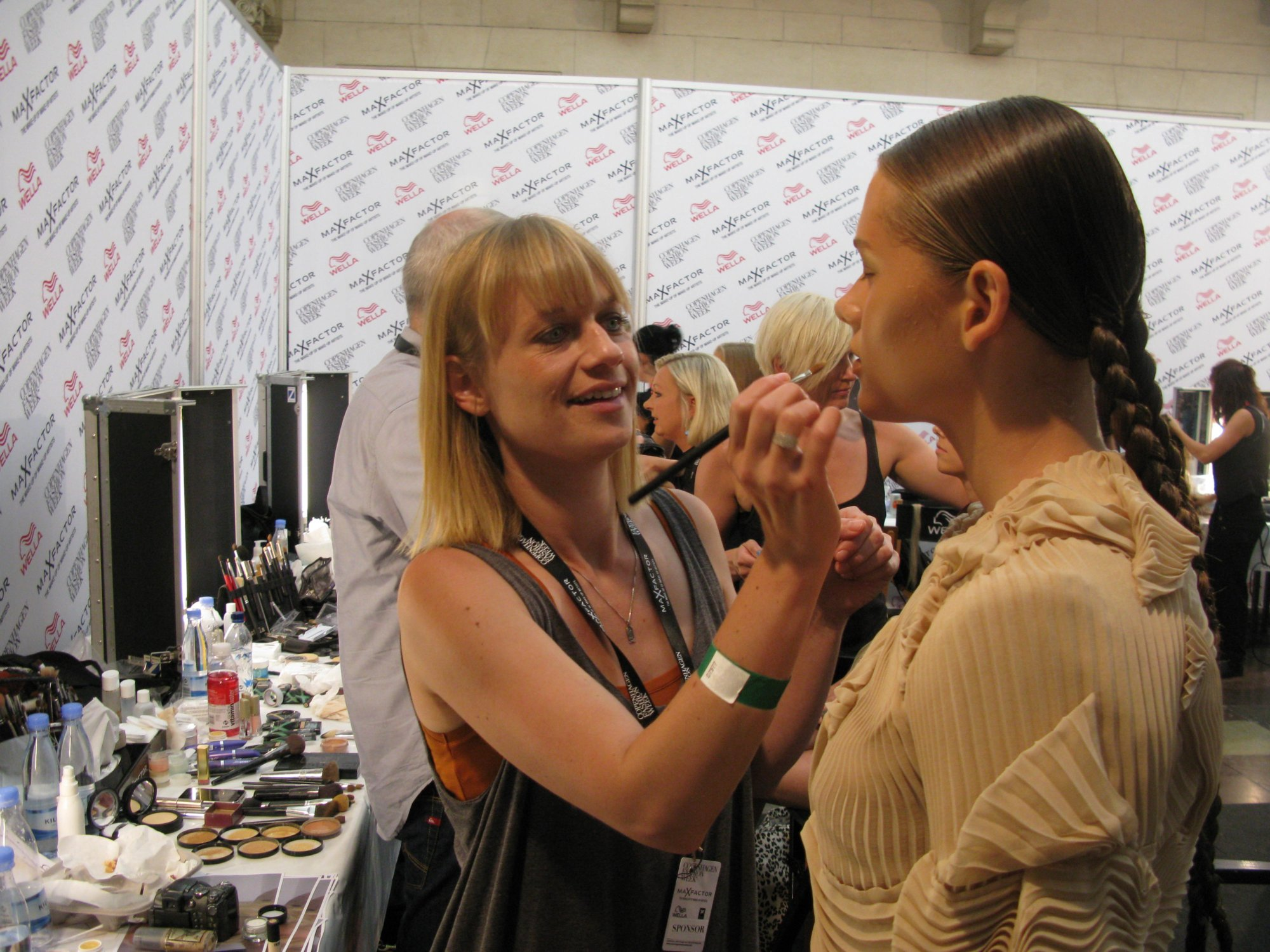 Backstage Anne Sofie Madsen