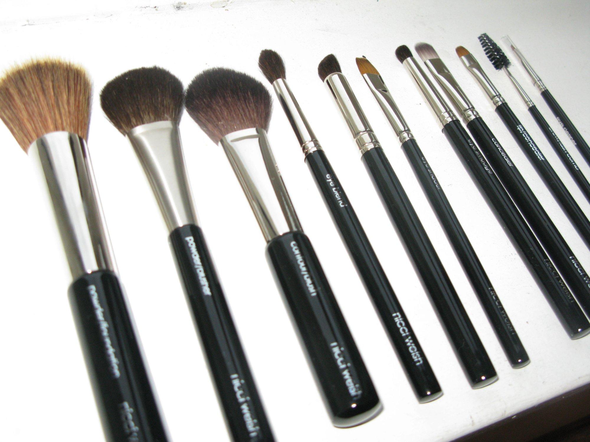 UMA makeup pensler
