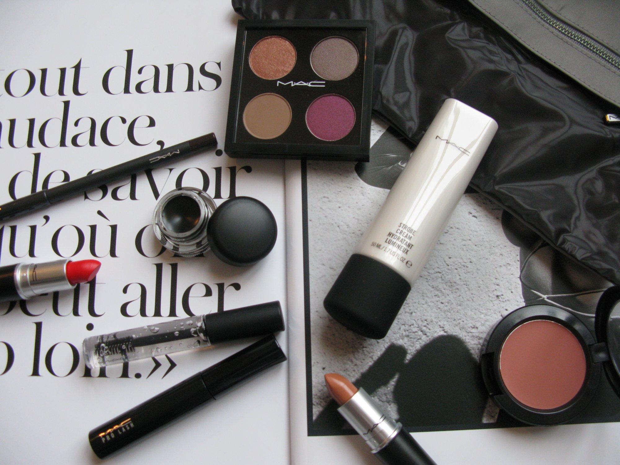 Vind Basic makeupkit fra MAC
