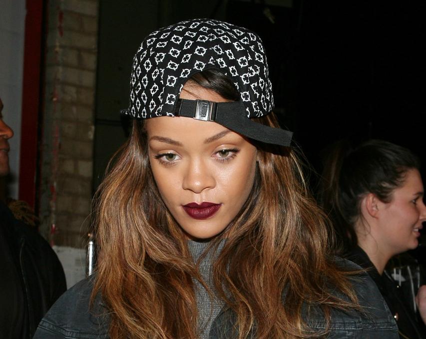 Rihanna teamer op med MAC