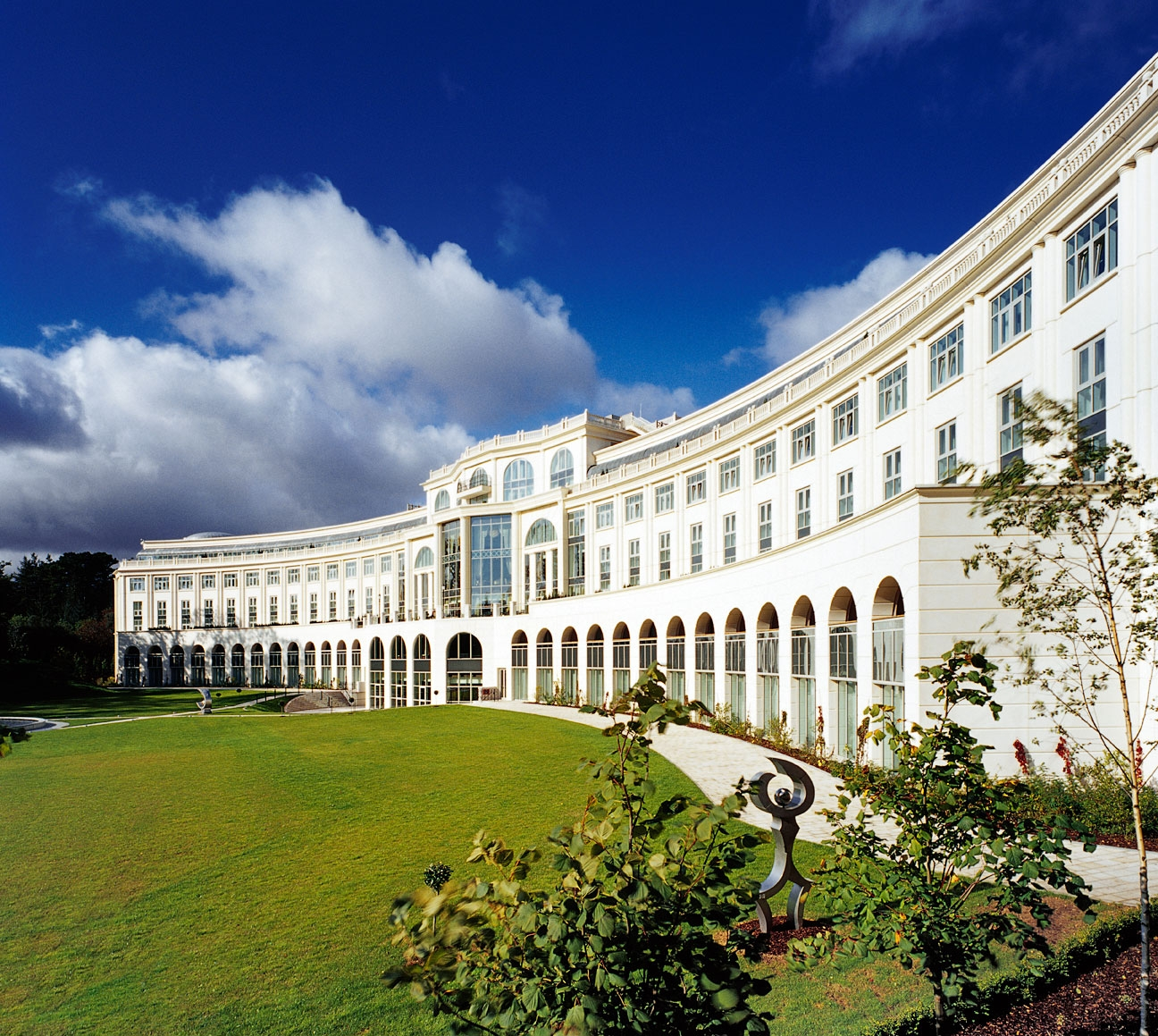 rc-powerscourt-hotel-exterior-8