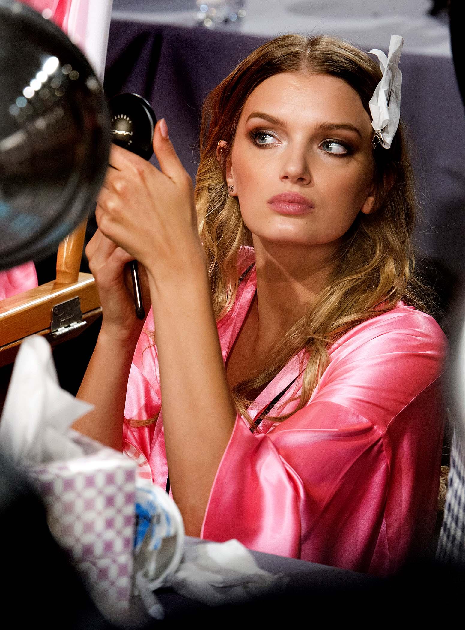 Få looket til Victoria's Secret engle