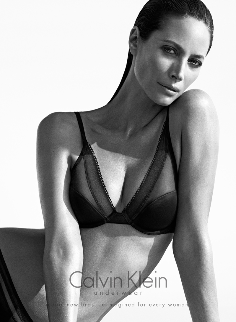 Christy-Turlington-by-Mario-Sorrenti-for-Calvin-Klein-Underwear-Fall-2013-Ads-2