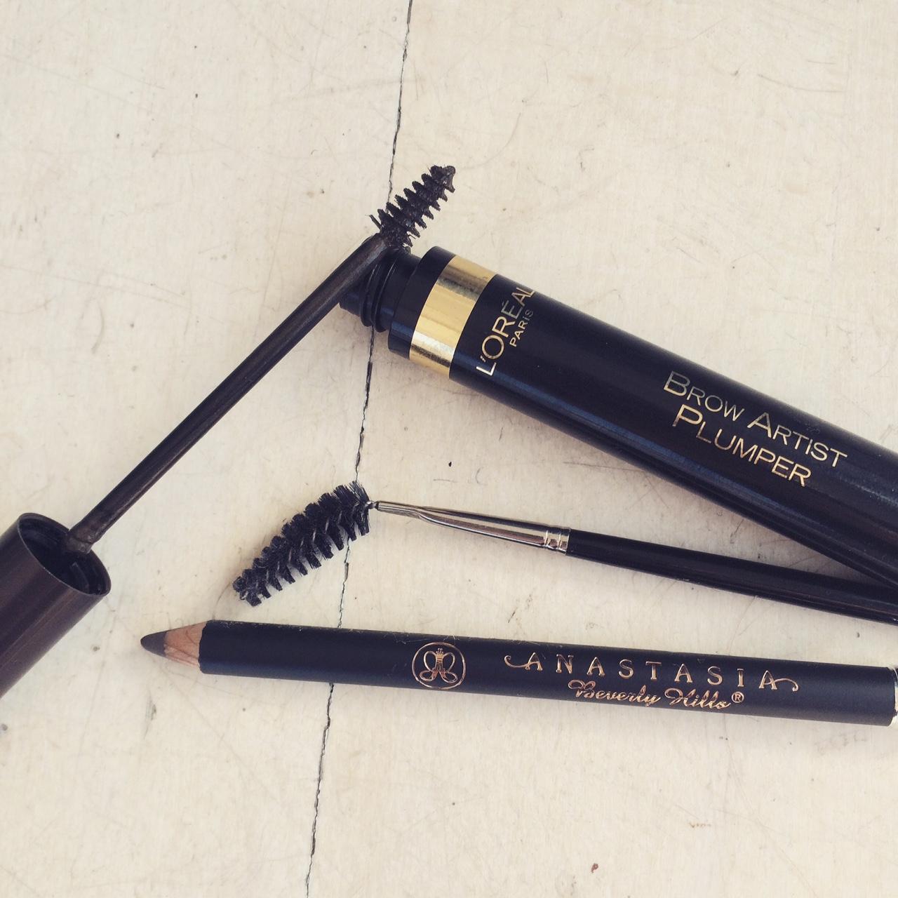 mathilde-goehler-eyebrows-editorial-bwatt-magazine-behind-the-scenes-makeup-guide-youblush