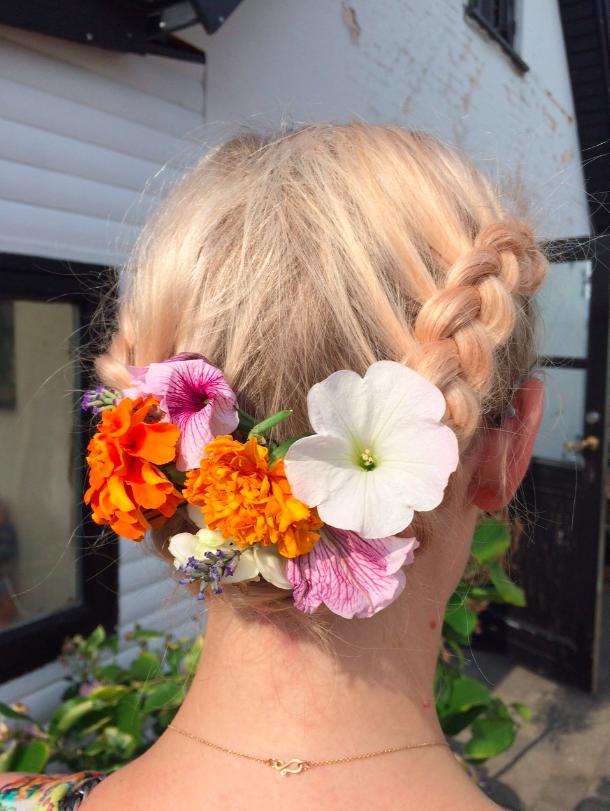 sommer-bryllup-hår-fletninger-youblush