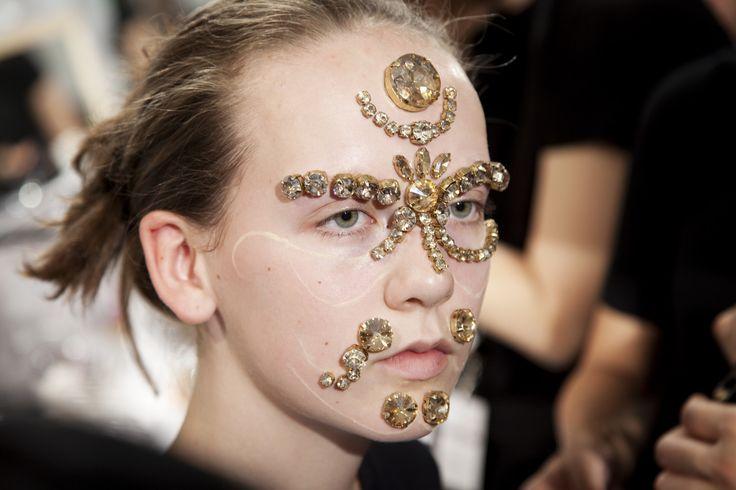 makeup-givenchy-ss16-youblush