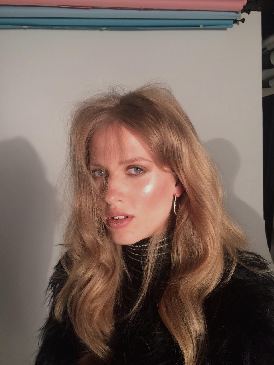 laura-julie-elle-danmark-youblush