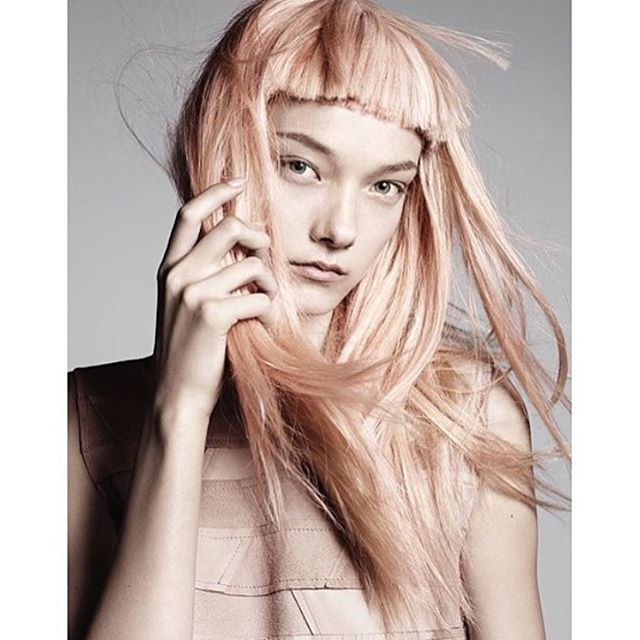 This haircolor #apricotbeige #joshwoodcolor @joshwoodcolour @sacocopenhagen @bettychristoffersen #youblush #beautyblogger #sararostrup