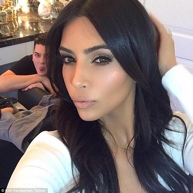 A Masterclass with Kim Kardashian's Makeup Artist! Yes Please