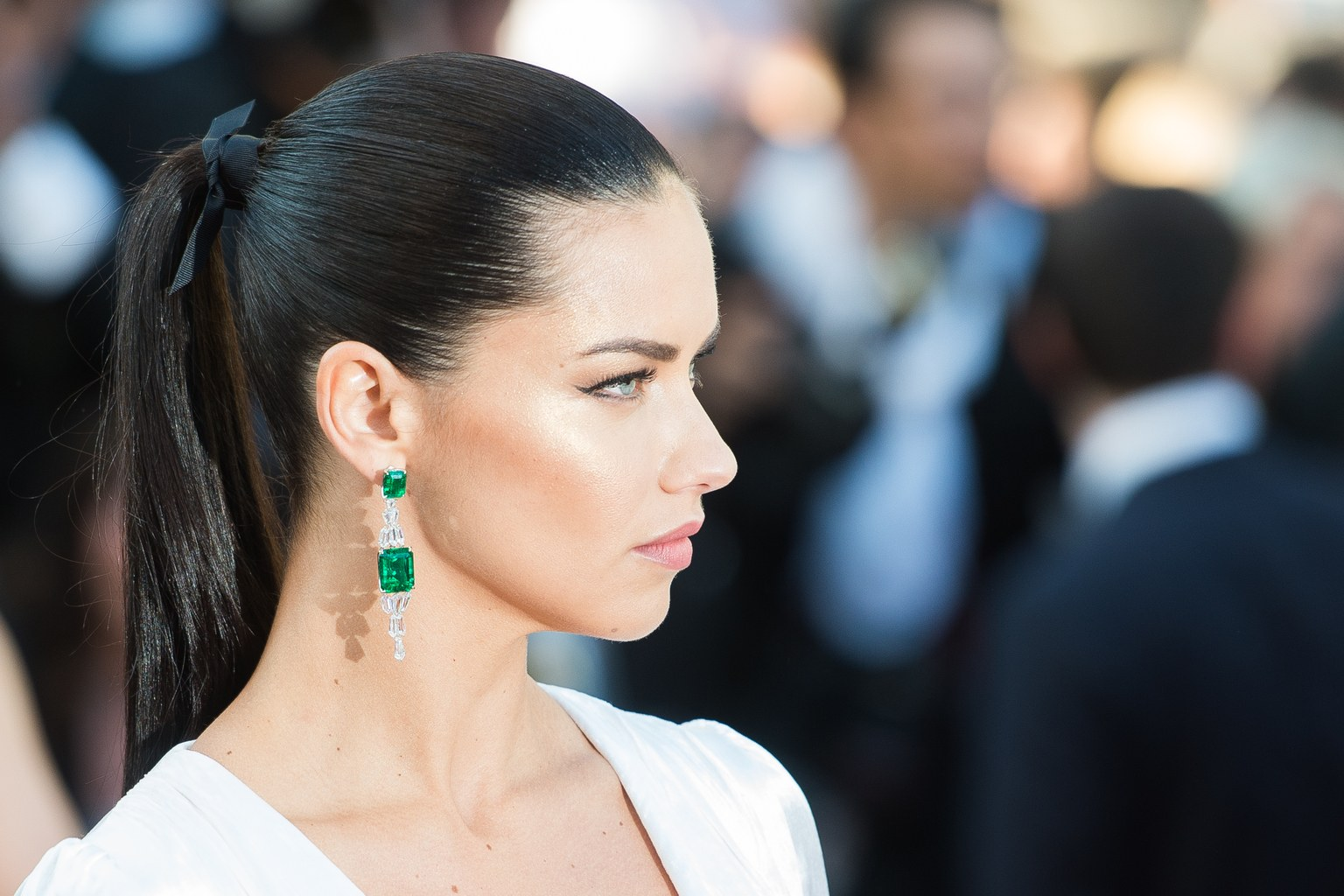 adriana-lima-cannes-getty-ponytail