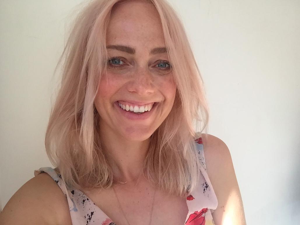 sara-rostrup-hair-pink-bob